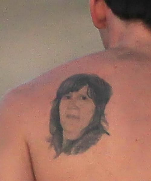 tatuaje rostros bizarros messi