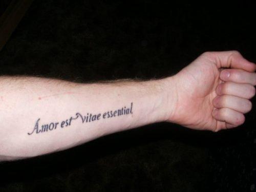 frase de amor en el brazo