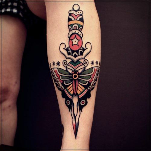 tatuajes en toda la pierna mujer