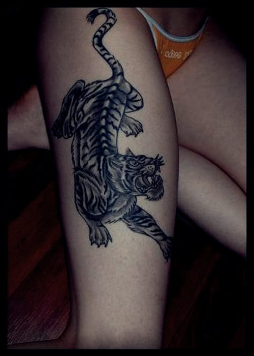 tatuajes pierna mujer liga