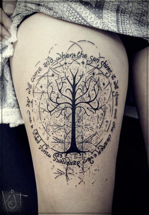 tatuajes pierna mujer pequeños