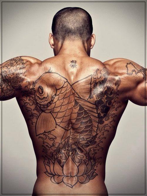 tatuajes originales para hombres en el hombro