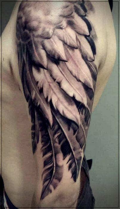 tatuajes para hombres en el hombro de amor