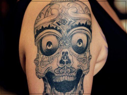 tatuajes para hombres en hombro