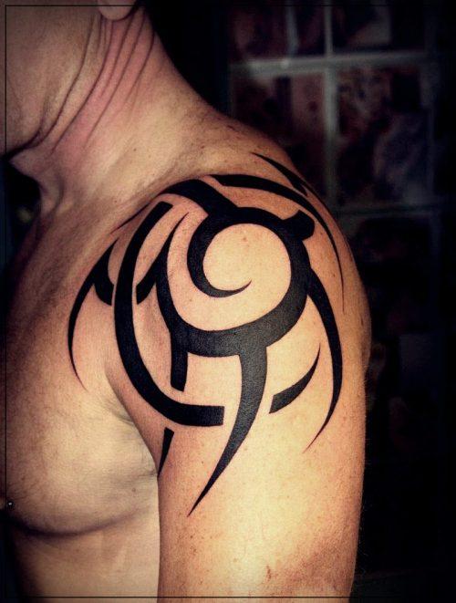 tatuajes para hombres hombro pecho