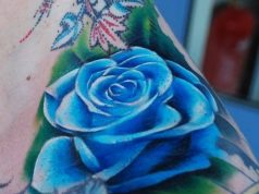 tatuajes de flores azules