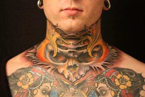 tatuajes japoneses en el cuello