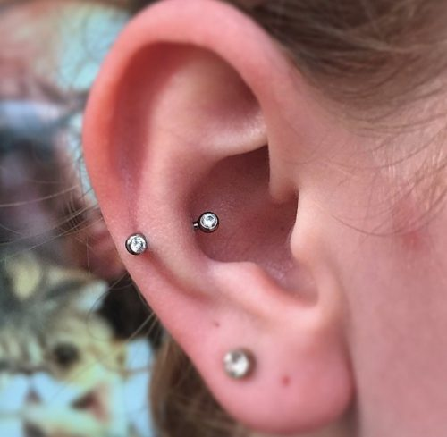 Piercing en oreja 5