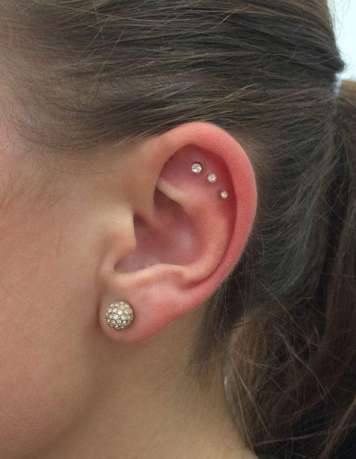 Piercing en oreja 8