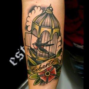 Tatuajes en el brazo mujeres 4