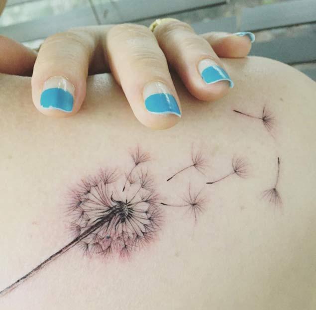 Tatuaje de DIENTE DE LEON desvaneciendose