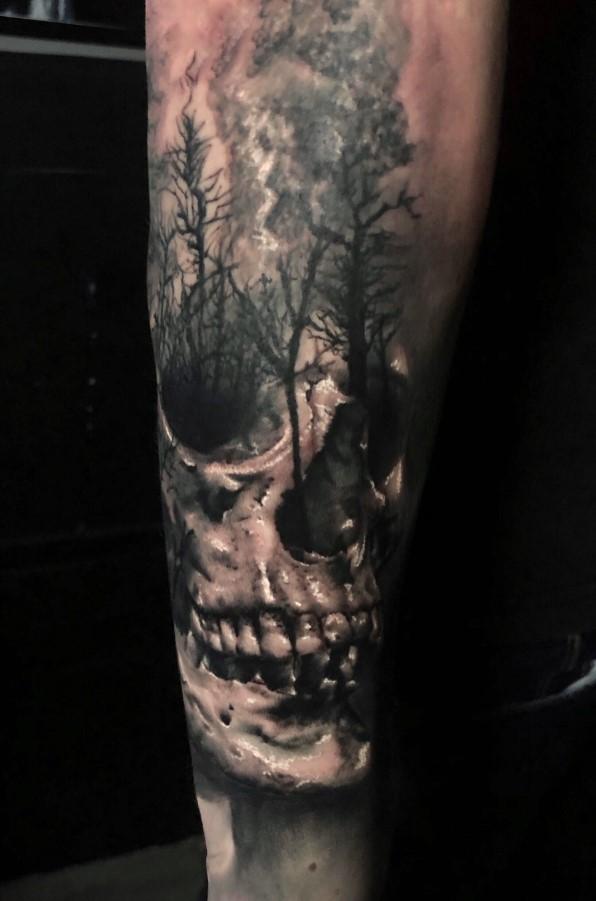 Tatuaje bosque de la muerte