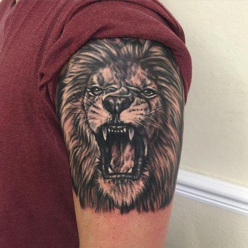Tatuajes de LEON rugiendo